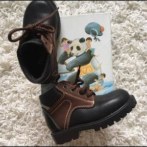 Other - NWB!  HOKSY Boys Fall/Winter Boots - Size 7(US)